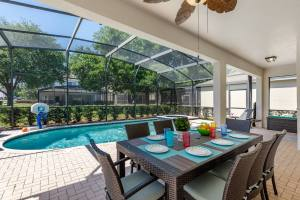 Villa By The Castle - A Top Rated 6 Bedroom Kissimmee Vacation Rental in Windsor Hills