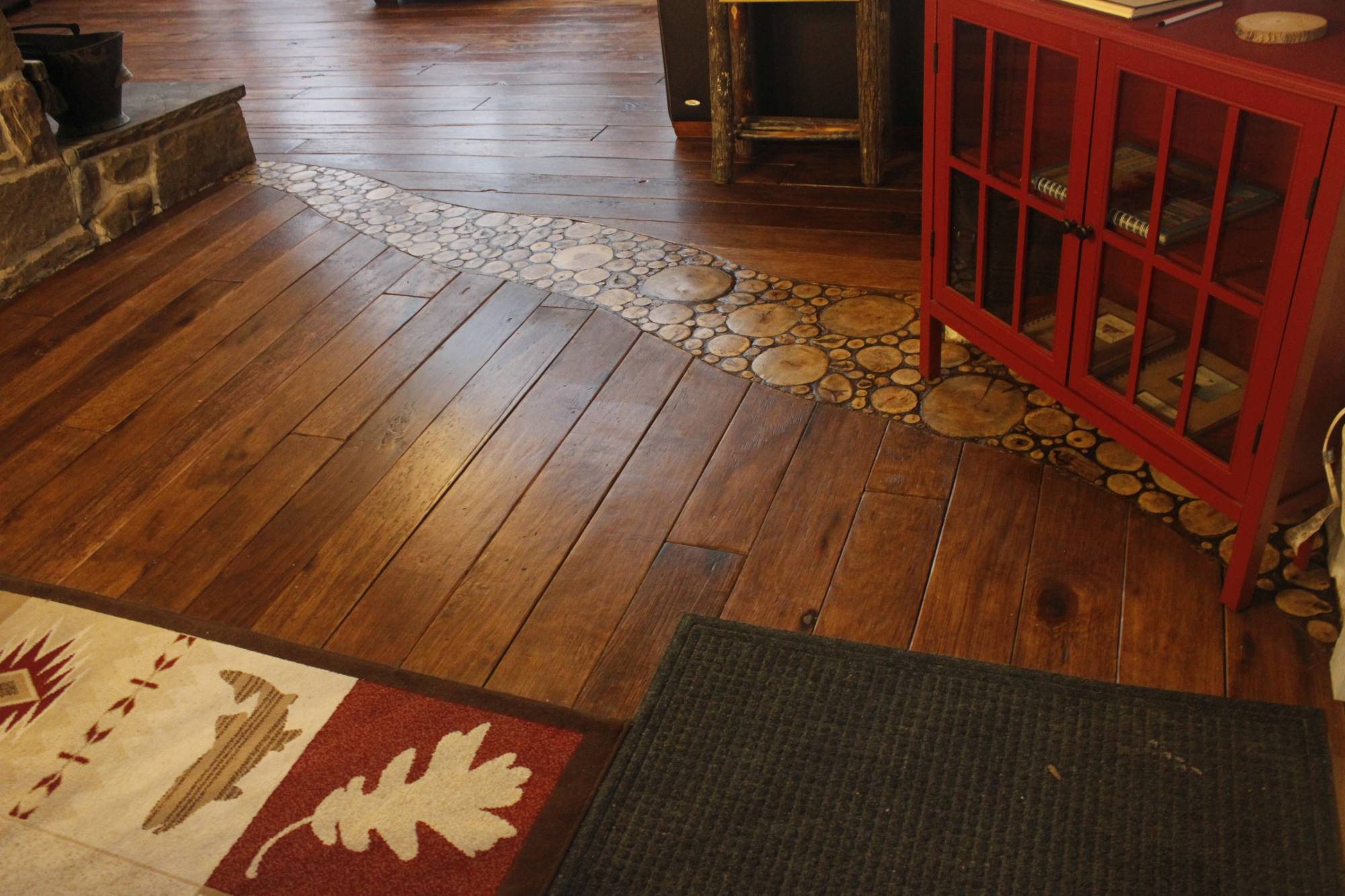 Installing An End Grain Flooring Inlay - Finished - Seen From The Dining Room